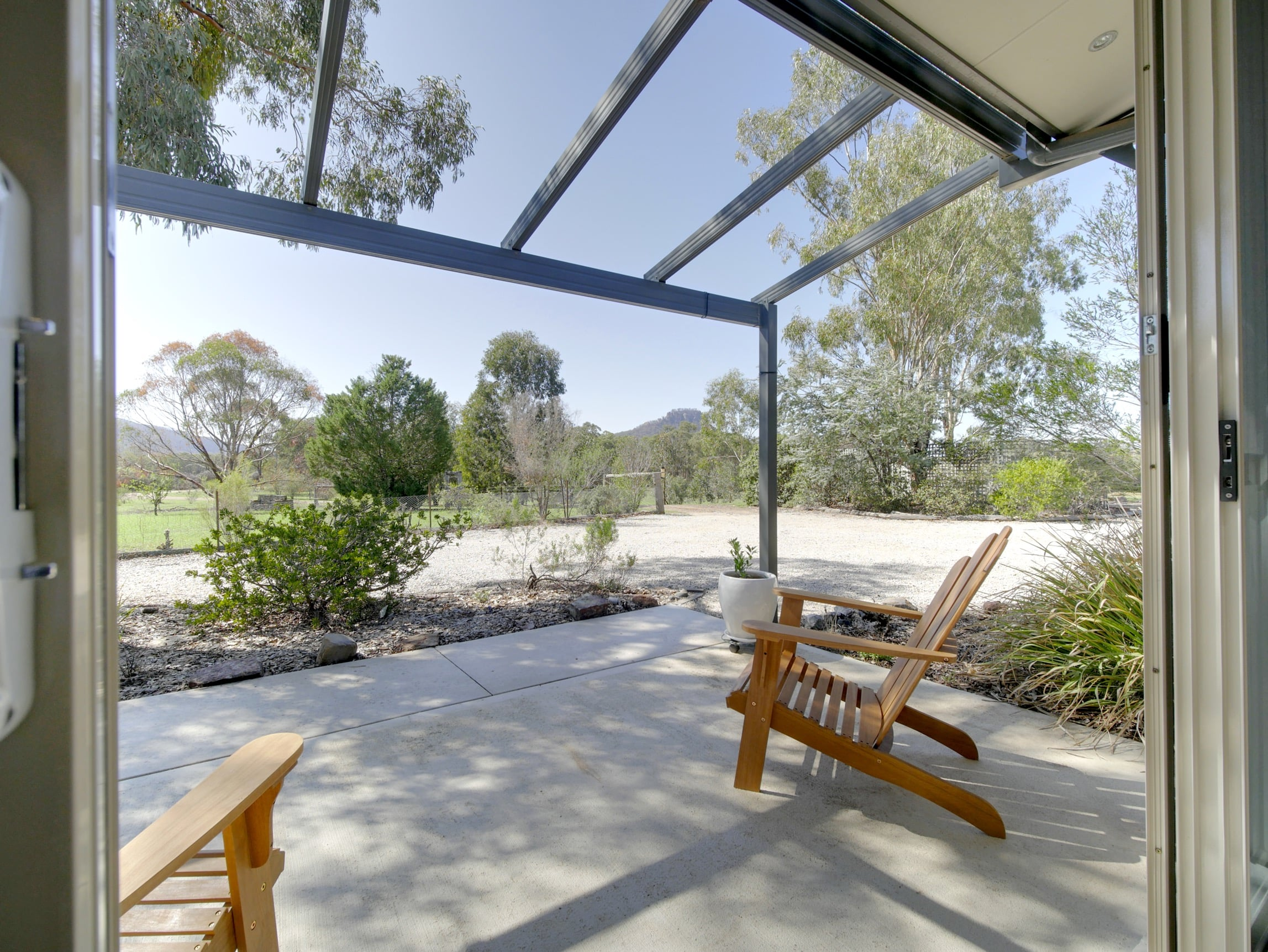 best bed and breakfast and group accommodation in Blue Mountains capertee Valley
